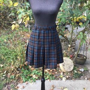 Vtg. Calvin Klein wool skirt